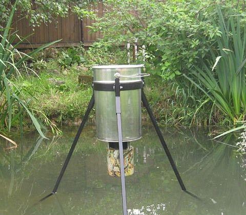 Кормушка в пруд для рыбы своими руками 999